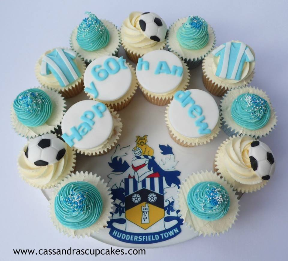 Huddersfield town themed cupcakes