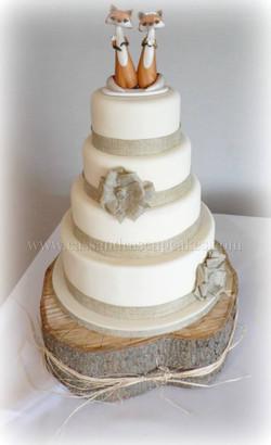 4 tier country feel Wedding Cake