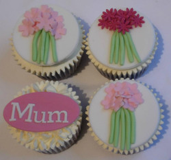 Mothers Day Cupcakes 2