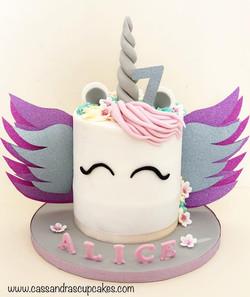 Unicorn 🦄 cake