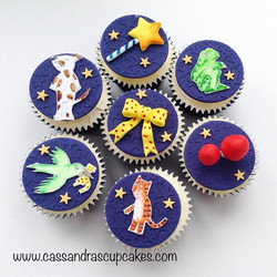 Hand drawn & painted Room on the Broom Cupcakes