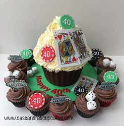 Vegas themed giant cupcake and matching cupcakes