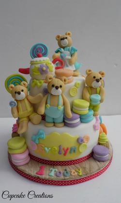 teddy bears picnic cake