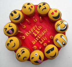 Emoji Cupcake Board