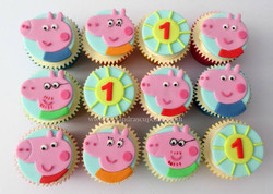 Peppa Pig themed cupcakes