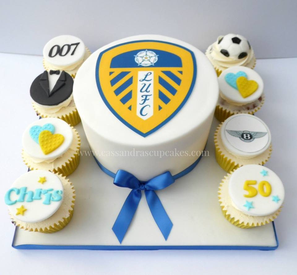 Leeds United themed cake and cupcakes