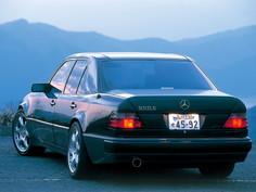 W124036 Rear View