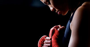hand-wrapping-1-618x325.jpg