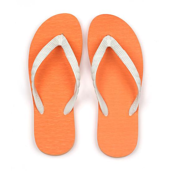 げんべいのビーチサンダル26cmでカラフルな人気色はソールがオレンジ色、鼻緒が白色です。