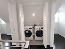Upper level Washer & Dryer