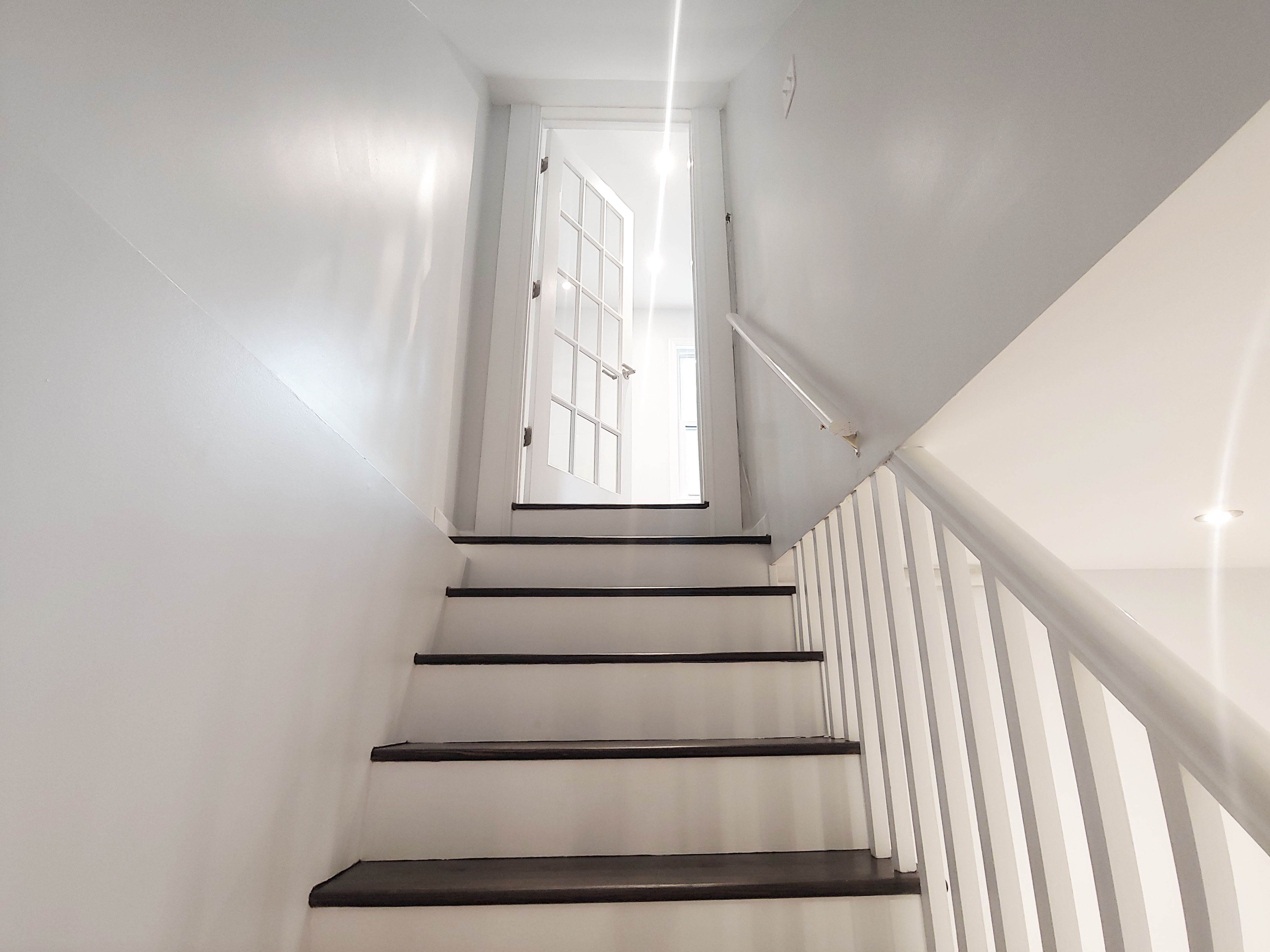 stair to basement