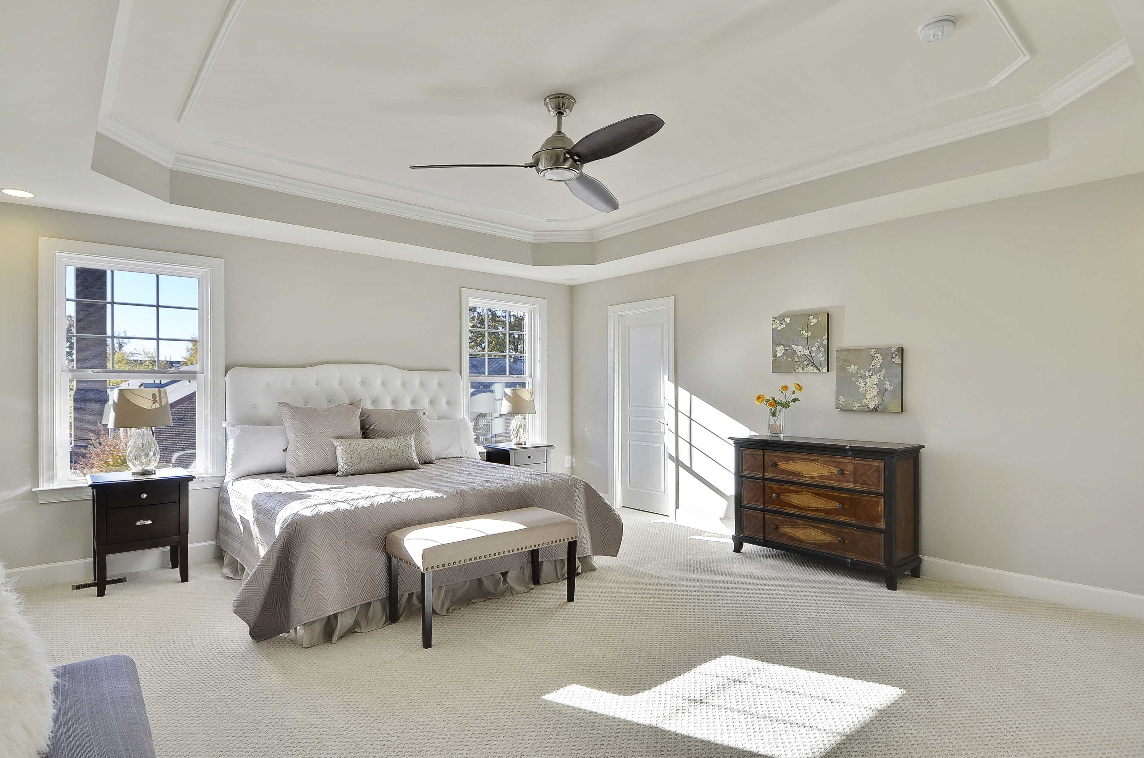 Boxed Tray Ceiling & Fan