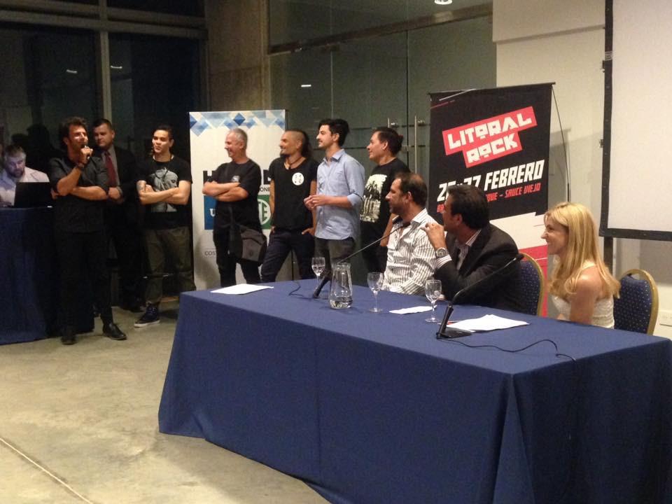 Durante la presentación estuvieron presentes los artistas locales, Chino Mansutti, Rodrigo González, Pupo Cabral de La Loca Alicia (Rafaela), La Posta (Paraná) y Baltazar Romero de Los Cohibas.
