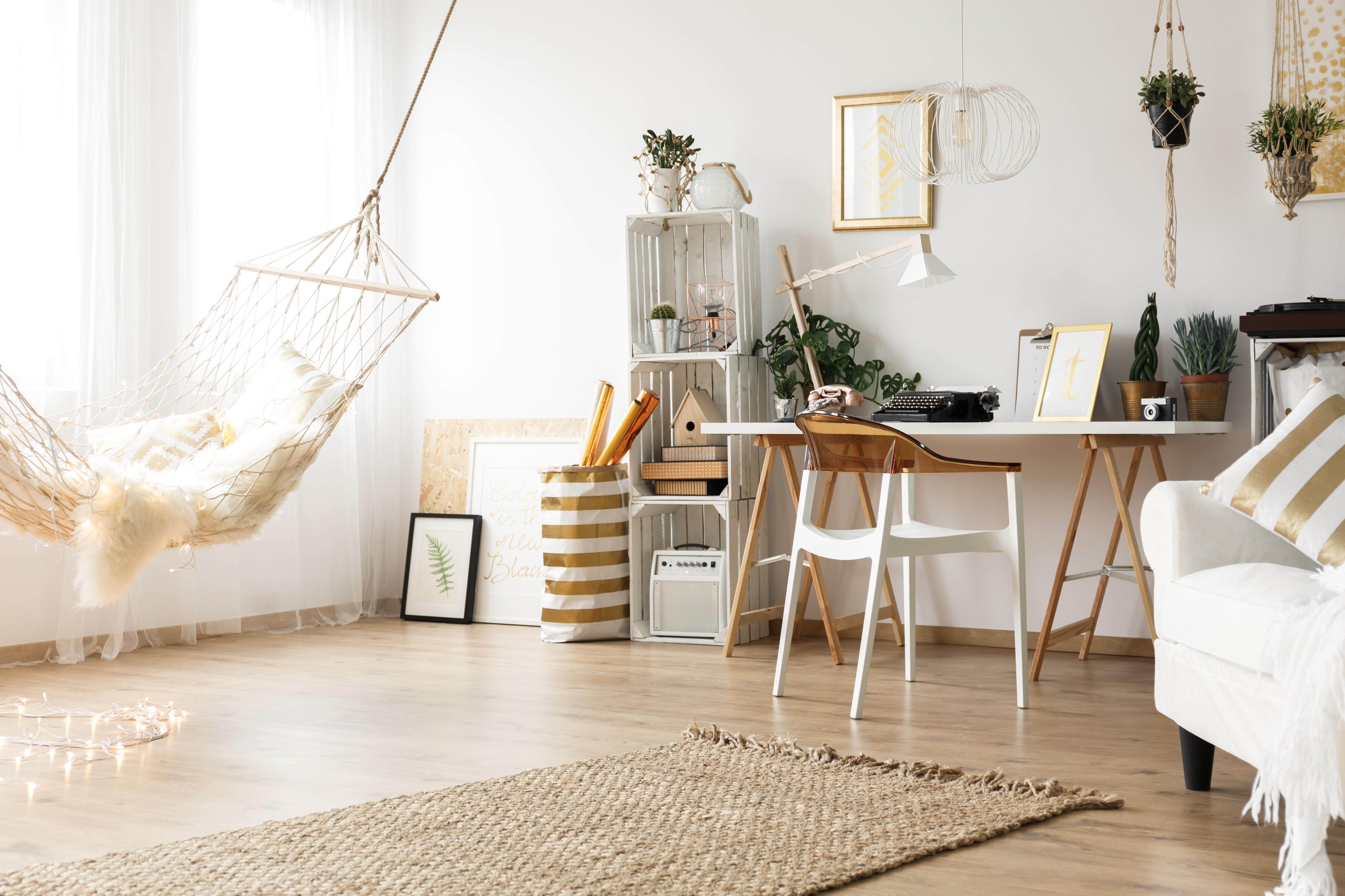 trendy-home-interior-PLVMH6Q