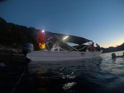 night dive embarcação