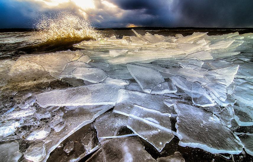 Onondaga Lake Ice Break