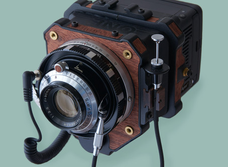 How to build a medium format film camera with a digital back? A hybrid model by Takuma Ikeda