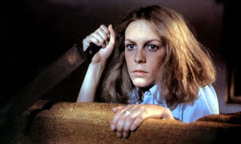 laurie strode with knife halloween michael myers