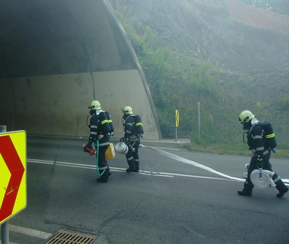 tunnelueb201507.JPG
