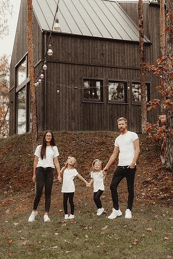 UÄ£is_un_family_3.jpeg