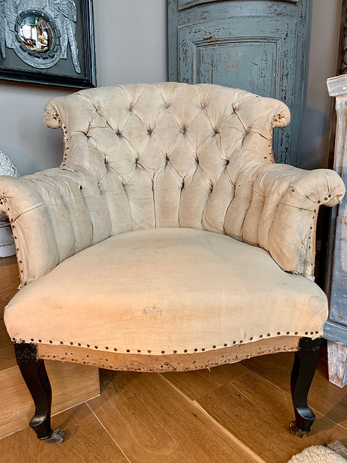 Single Barrelback Chair
