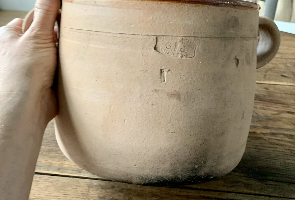 Unglazed terracotta pot