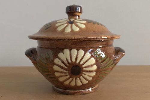 Provincial earthenware vessel
