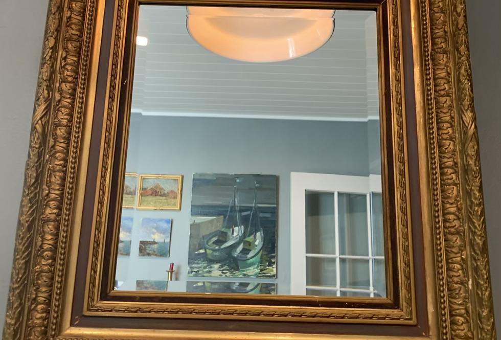 Grand Guilt Frame Mirror