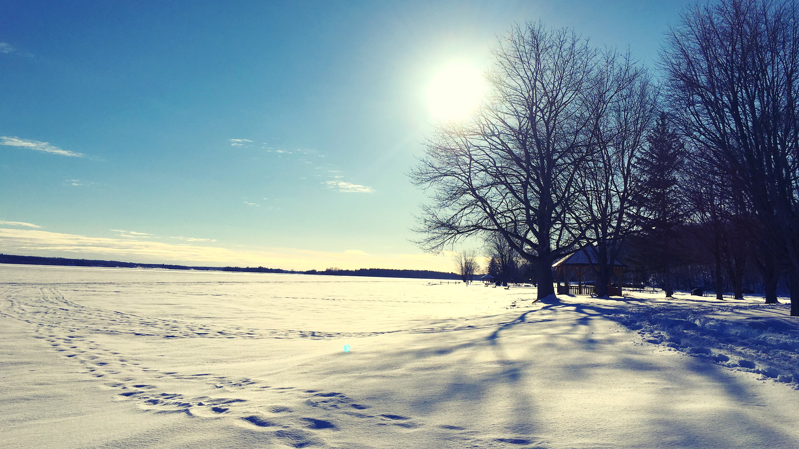 The frozen Ottawa River