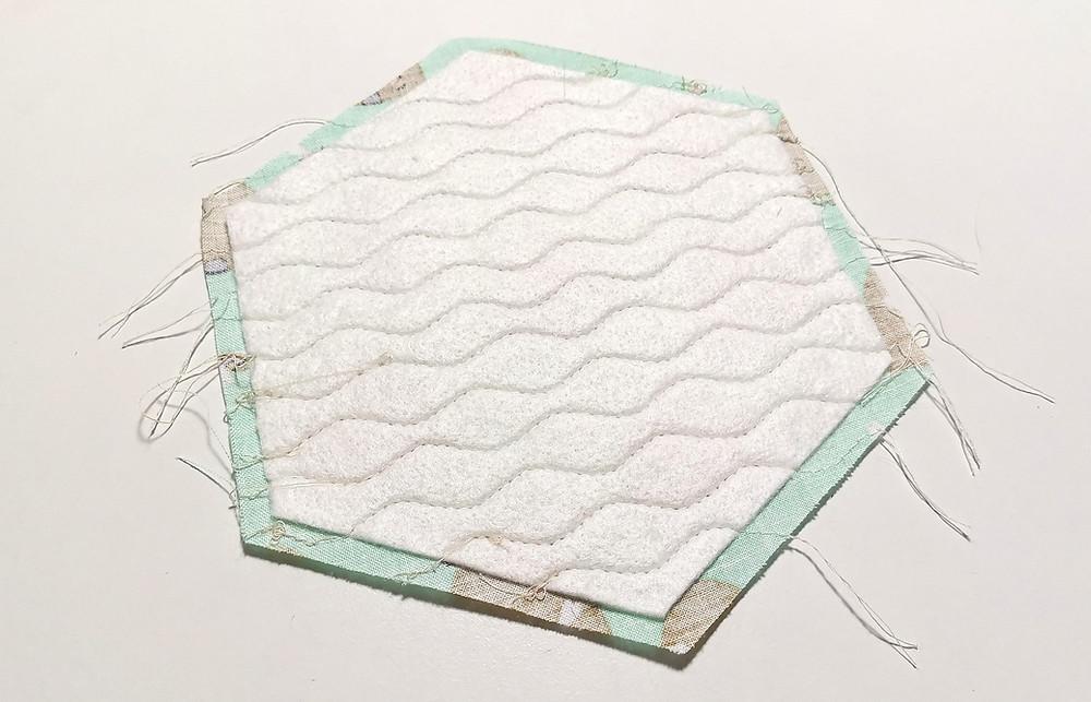 wavy lines quilting hexagon batting