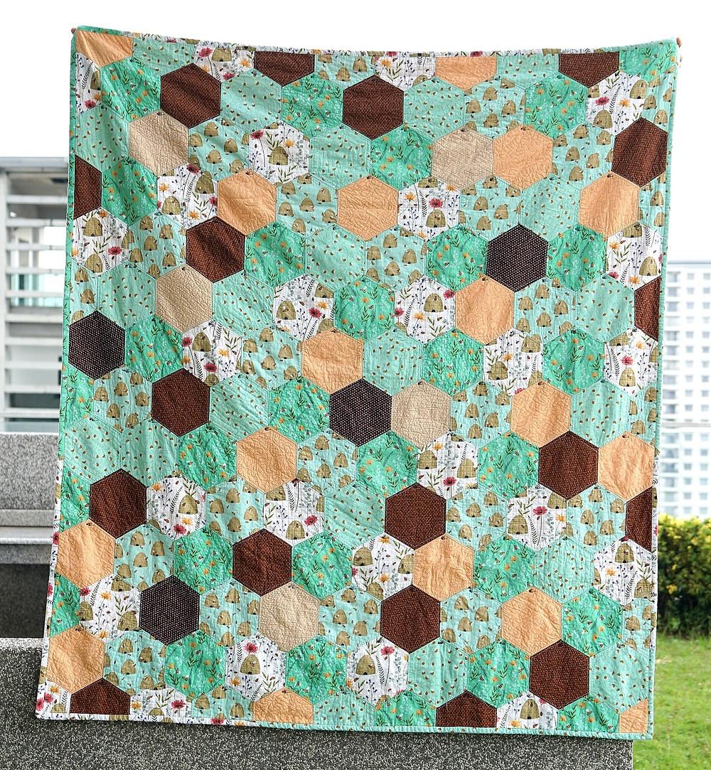 honeycomb hexagon quilt green