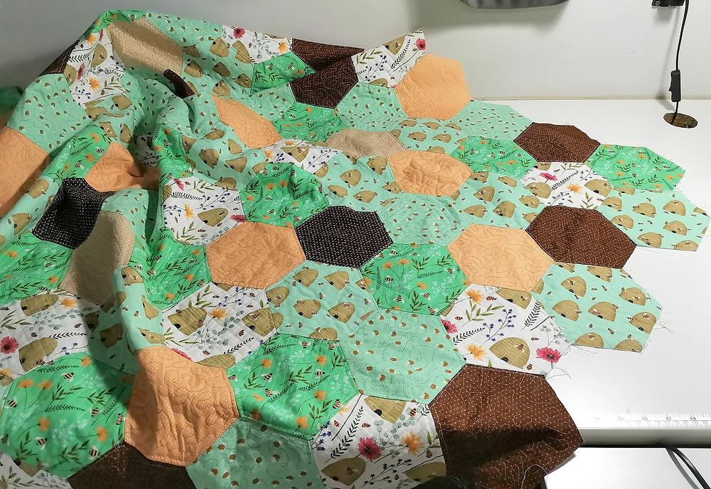 flimsy hexagon quilt top trim