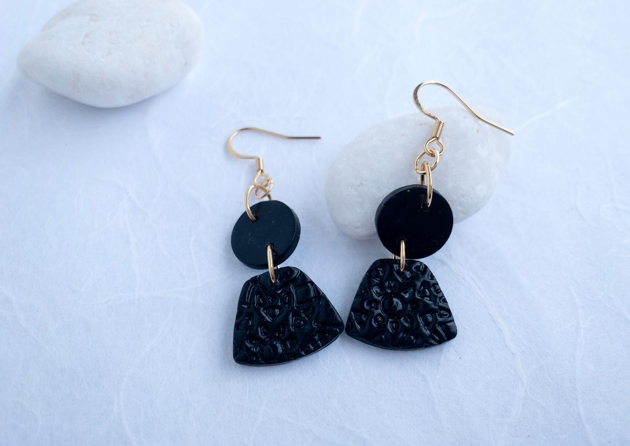 Black black E4