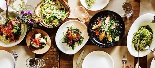 Gâtez-vous avec une table d'hôte