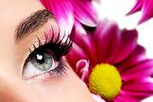 איפור בסיסי לעיניים