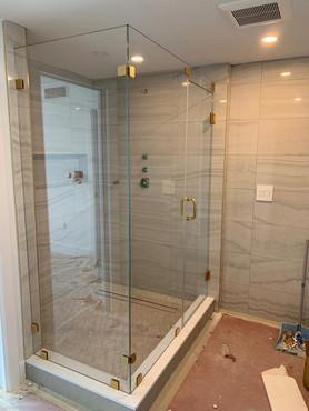 Shower door 5.jpeg