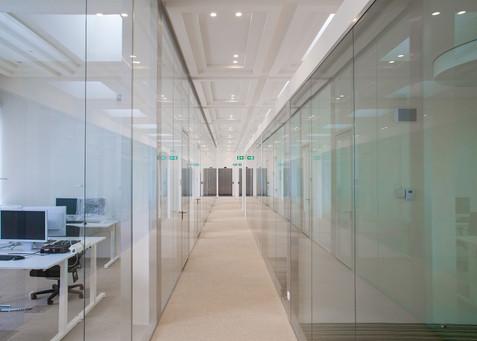 Glass office 4.jpg