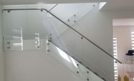 Glass Railings-05.jpg