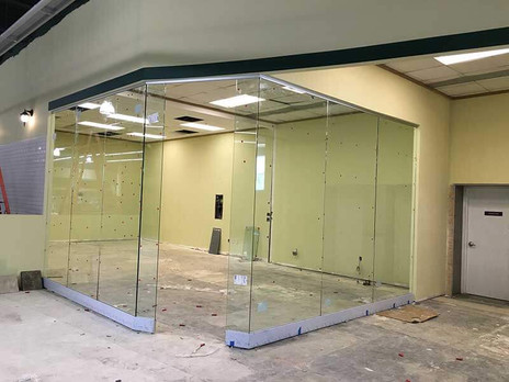 Room-Dividers-Clear-Glass.jpg