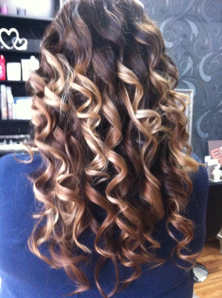 Blowdry with curls