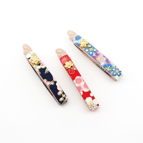 Haru Collection: Medium Lucy Banana Clip with Gold-plated Sakura