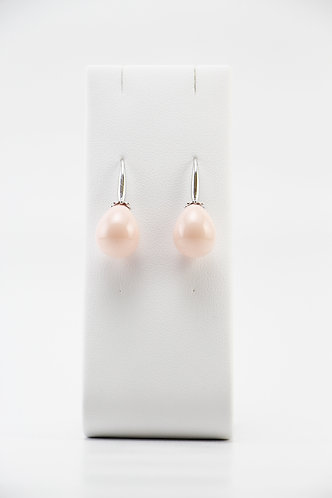The Pinnacles Collection - Coral Shell Pearl Earrings