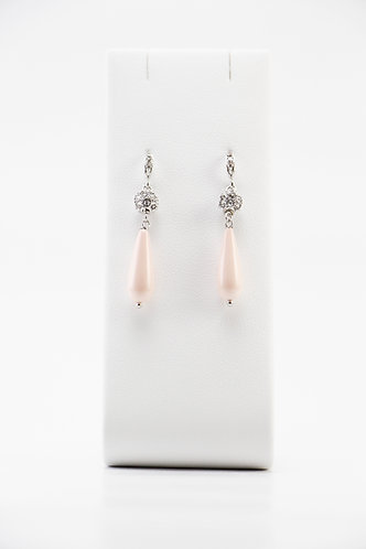The Pinnacles Collection - Pink Shell Pearl Long-Teardrop Earrings