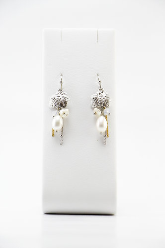 The Pinnacles Collection - Mother-of-Pearl and Keshi Pearl Earrings