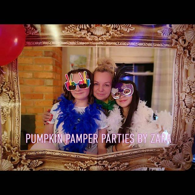 Girls photo booth 📸📸 Www.pumpkinpamper