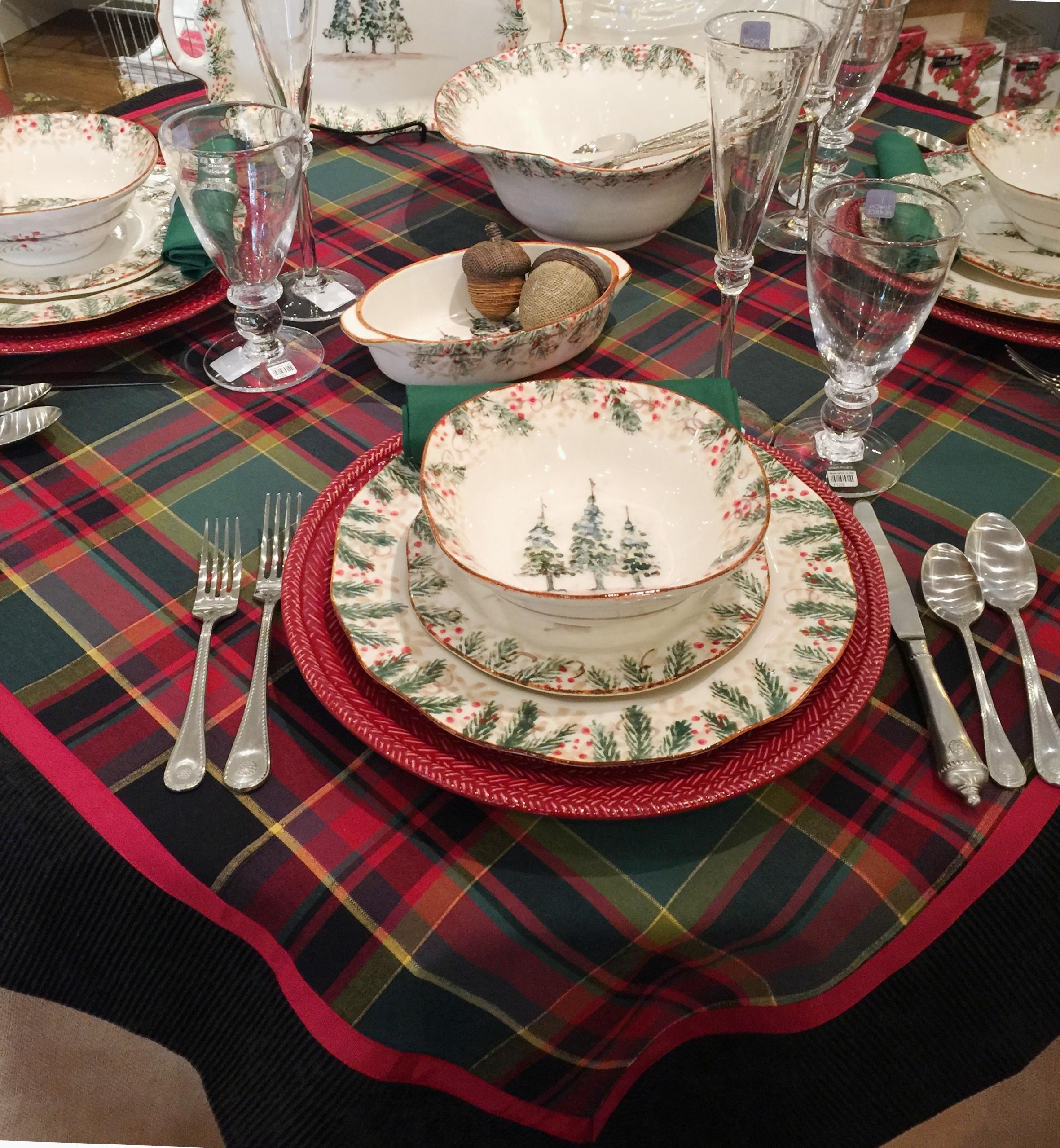 Christmas Plaid Tablescape