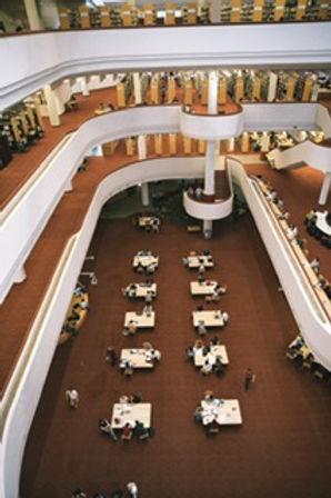université-biblihotèque-amphithéâtre-partiels-examens