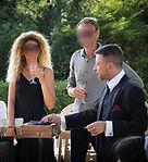 magicien ladruze lors d'un cocktail