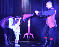 magicien table volante losander