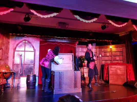 magiciens à l hôtel des pirates de niglo